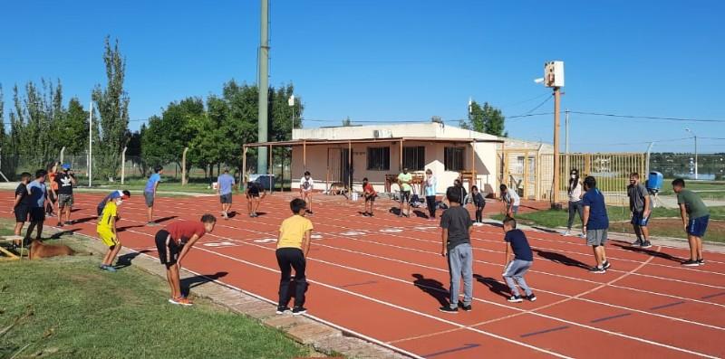 Concentró el atletismo adaptado en Santa Rosa: participan seis marujenses